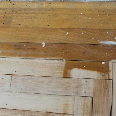 DIY ~ How to Refinish Your Hardwood Floors