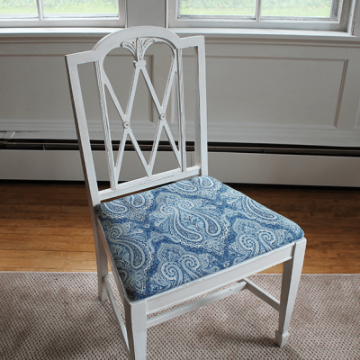 The Easiest Way to Update Your Dining Room Furniture (Use Chalk Paint!)